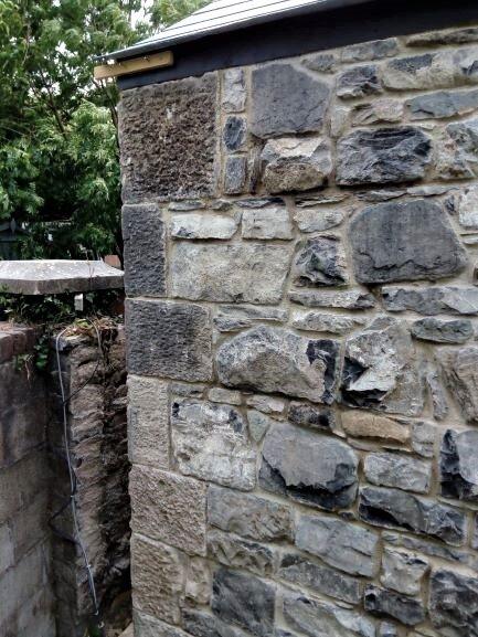 limestone quoin pillar